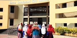 Hindistan'da Tepki Çeken Uygulama: Lise Öğrencileri Regl Olmadıklarını Kanıtlamak İçin Soyunmaya Zorlandı