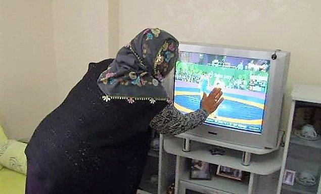 Kafamızı dağıtmak ve günün stresinden sıyrılmak için genellikle televizyon izlemeyi tercih ederiz. Peki Türk seyiricisi en çok neyi izlemeyi seviyor ya da en çok neyi özledi?