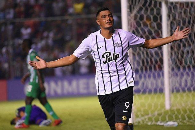 37. Óscar Cardozo / Club Libertad Asunción