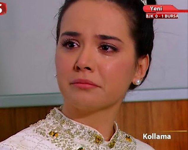 Bu dönem yine kendisinden yaşça küçük olan oyuncu Yeliz Şar'la da aşk yaşadığı dedikoduları vardı.