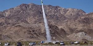Dünyanın Düz Olduğunu Kanıtlamak İçin Roketle Kendini Atmosfere Fırlatan Adam Yere Çakıldı!