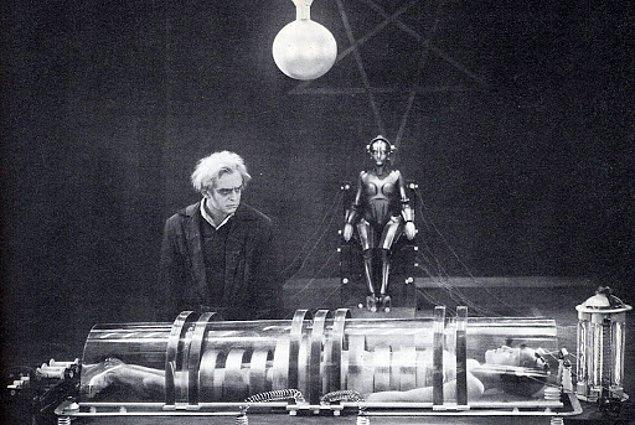 7. Metropolis (1927)