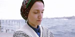 Temizlikçilik Yaparak Geçinen Fatma Hanım'la Dalga Geçen Feyza Öznur İsimli Kişinin Yaptığı Mizah(!) Tepkilerin Odağında