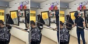 Çin'de Kuaförlerin Koronavirüs Şüphesine Karşı Müşterilerini Uzatma Sopalarla Tıraş Ettiği İddiası!