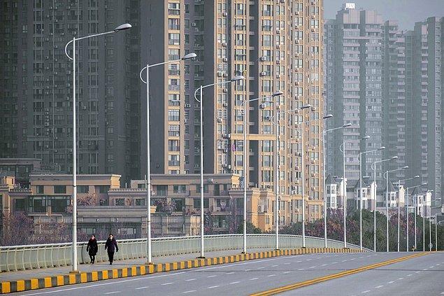 Dünyadaki vaka sayısı Çin'i geride bıraktı