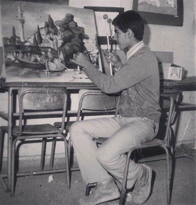 11. Ahmet Güneştekin, eserleri resim, kavramsal sanat ve konstrüksiyon heykelleri kapsayan dünyaca ünlü görsel sanatçısıdır. Batman, 1980.