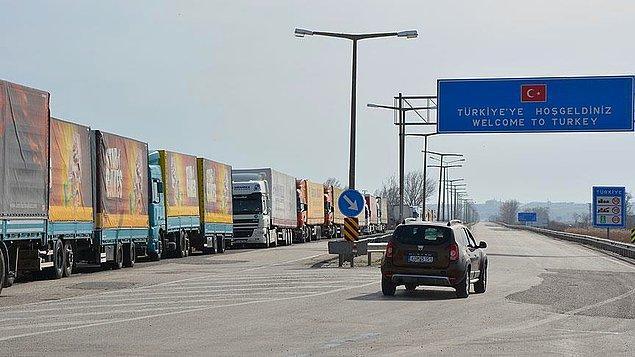 Avrupa'ya açılan sınır kapıları kapatıldı