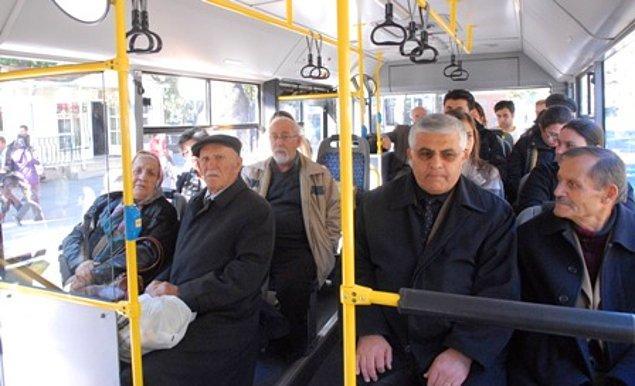 """""""Yaşlı vatandaşlarımız elzem olmadıkça toplu taşıma araçlarından uzak dursun"""""""