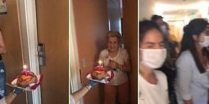 Sosyal Mesafe Kuralına Uyarak Yaşlı Bir Kadının Doğum Gününü Kutlayan Güzel İnsanlar
