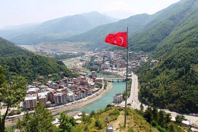 Artvin'in Borçka ilçesi ve bir köy karantinaya alındı