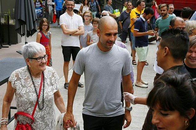 9. Guardiola'nın 83 yaşındaki annesi Dolors Sala Carrio, koronavirüs sebebiyle hayatını kaybetti.