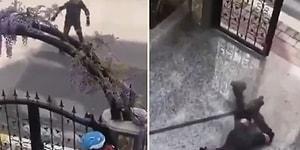 Sokağa Çıkma Yasağına Uymayıp Kapının Önünde Paten Kayan Çocuklar Polis Sireni Şakasıyla Dumura Uğradılar