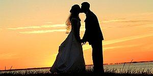 Kaç Yaşında Evleneceğini Öğrenmek İstiyorsan Önce Düğününü Planla!
