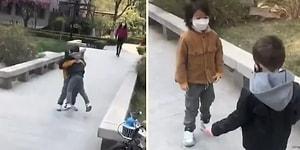 Çin'de Hayat Normale Dönüyor: 2 Ayın Sonunda Birbirlerine Kavuşan Çocukların Mutlu Anları