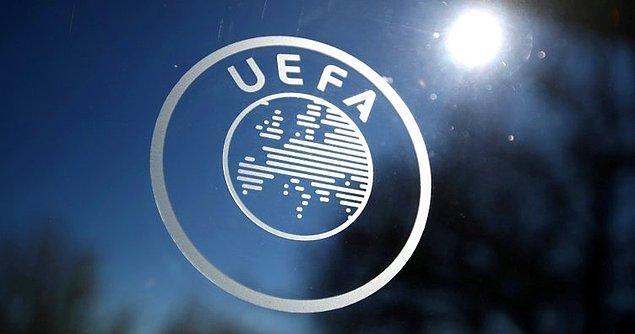 """1. UEFA'nın liglerin geleceğiyle ilgili görüşlerine başvurduğu virolog Marc van Ranst konuyla ilgili yaptığı açıklamada, """"UEFA, bu sezon futbol oynamanın mümkün olmadığını görmeye başladı, bunu fark ettim. Benimle yapılan görüşmede aldığım izlenim bu"""" dedi."""