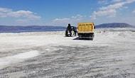 Kasap Et Derdinde: İş Makineleri Salda Gölü'ne Girdi...
