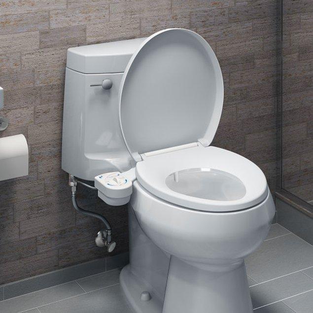 8. Tuvalet kağıdını klozete atmak yapabileceğiniz en kötü şeydir.