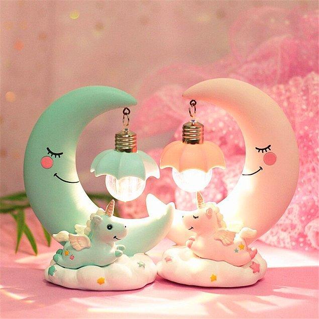 14. Gece lambası diyip geçmeyin. Çocuğunuza gece boyu uykusunda eşlik edecek olan bu lamba onun en sevdiği eşyalardan biri olabilir.