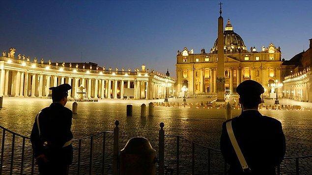 İtalya'da ölümler ve vaka artışında gerileme