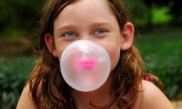4. Ağzınızı da sürekli meşgul tutun.