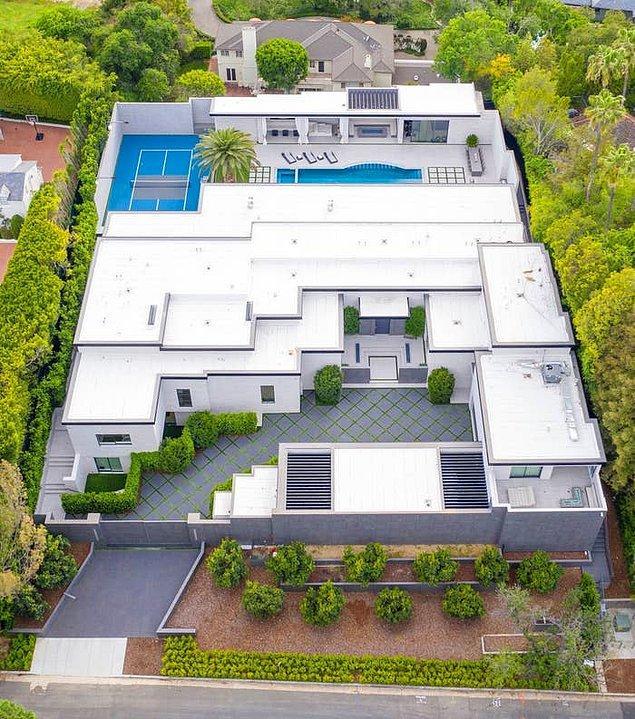 Jenner'ın ev derken utanacağımız malikanesinin değeri tam 36.5 milyon dolar.