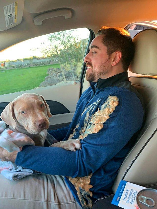 """14. """"Kardeşim ve yeni aldığı köpeği eve dönüyor..."""""""