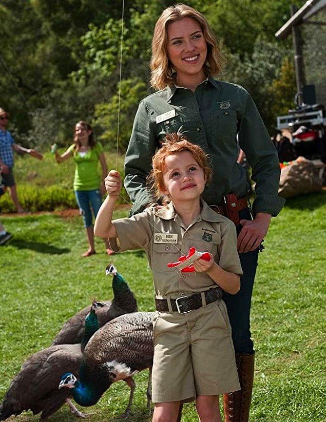 10. Scarlett Johansson - Kuş korkusu ('We Bought a Zoo')