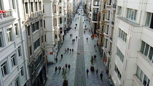 Beyoğlu Kaymakamlığı, Taksim Meydanı ve İstiklal Caddesi için maske takma zorunluluğu ve 3 metre sosyal mesafe kuralı getirildi
