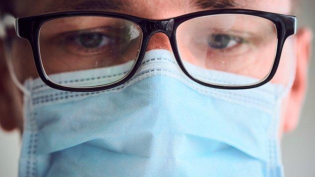 10. Buğulanmayı önleyici spreyler alarak gözlüklerinizi bunlarla temizleyebilirsiniz.