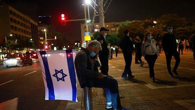 İsrail'de Covid-19 kaynaklı can kaybının 247'ye ulaştığı ve toplam vaka sayısının 16 bin 454'e çıktığı bildirildi.