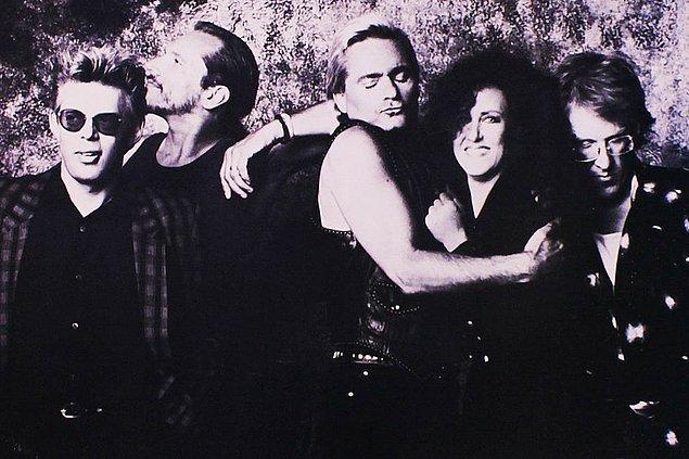 Starship grubundan çıktıktan sonra Jefferson Airplane'in orijinal üyeleriyle birlikte yeniden bir albüm çıkartır.