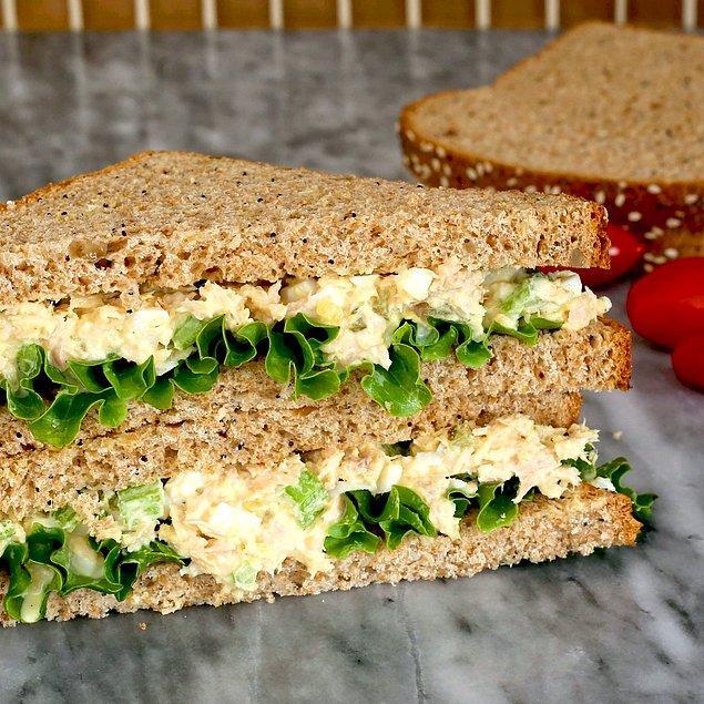 12. Bana bir sandviç yeter diyenlere: Ton Balıklı Sandviç