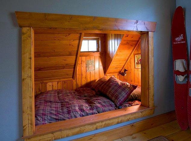 Abartılı yataklara ihtiyaç duymayanlar için aşırı tatlış bir yatakla başlayalım