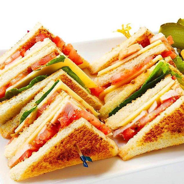 2. Kapış kapış yenecek: Kulüp Sandviç