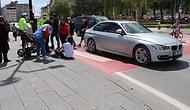 Aracıyla, Yaya Geçidindeki Çocuklu Yayaya Çarpıp 'Abartıyorsun' Diyerek Tepki Gösteren Şoför