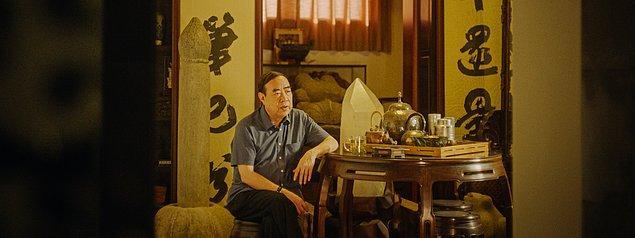 8. Deniz Mavileşene Dek Yüzmek / Swimming Out Till the Sea Turns Blue / Jia Zhang-ke / Çin