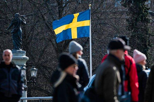Diğer Avrupa ülkeleri sert tedbirler alırken, İsveç'in hafif önlemler ile yetinmesi kafaları karıştı.