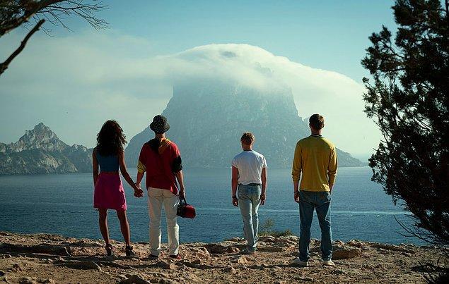 Dizinin ilk sezonu 10 bölümden oluşuyor ve her bölüm ortalama 50-63 dakika arasında değişiyor.