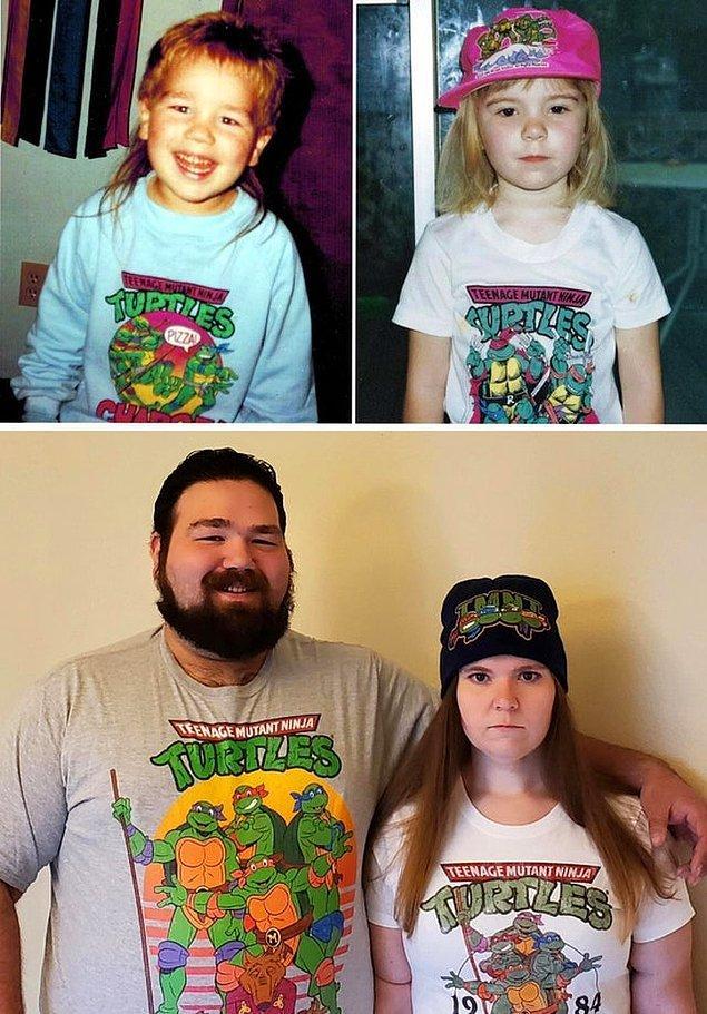 """8. """"Erkek arkadaşımla Ninja Kaplumbağalar tişörtlü benzer fotoğraflarımız olduğunu fark ettik."""""""