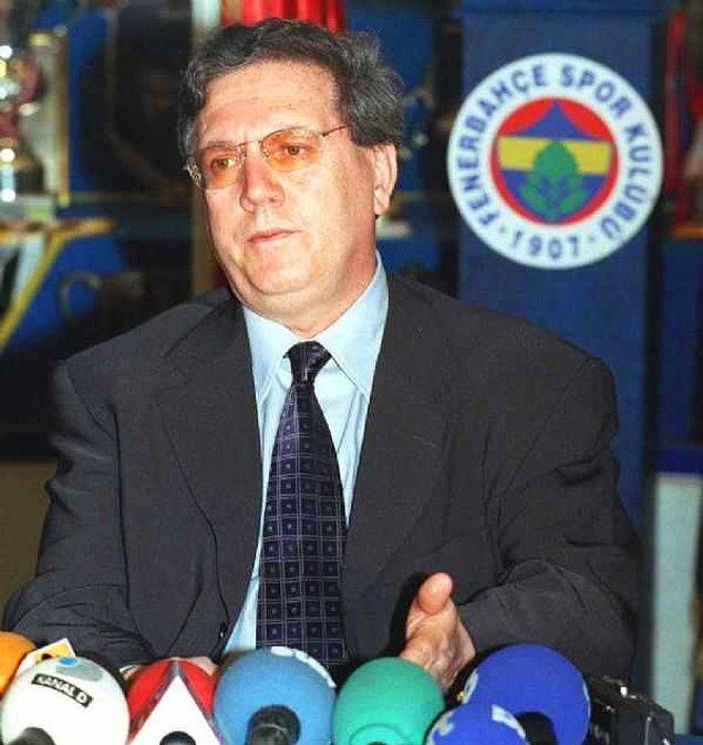 Aziz Yıldırım, 1952 Diyarbakır, Ergani doğumludur.İlkokul, ortaokul ve lise eğitimini Düzce'de tamamladı.Ankara Devlet Mimarlık Mühendislik Akademisinde eğitimini tamamladı ve İnşaat Mühendisi olarak mezun oldu.