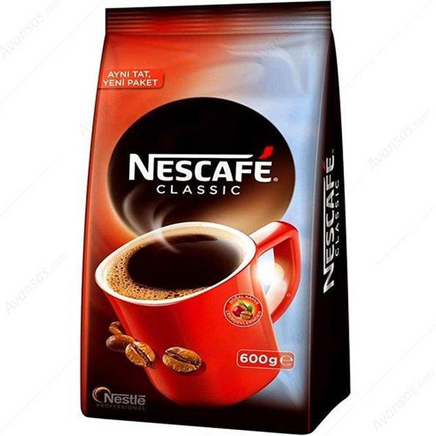 13. Kahve tiryakilerini de unutmadık. Nescafe Classic 600 gr'lık paketi veya 1 kiloluk teneke kutudan birini seçebilirsiniz.