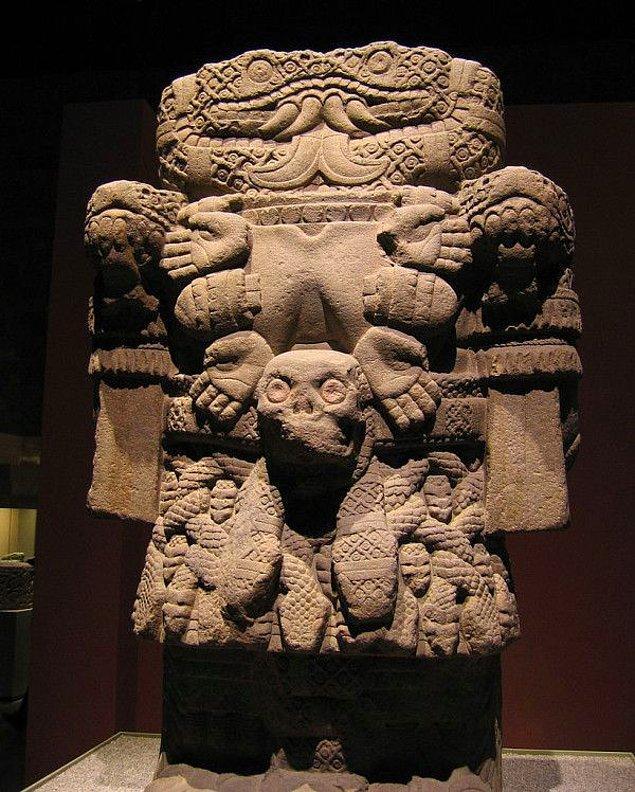 5. Aztek Mitolojisinde Yılan