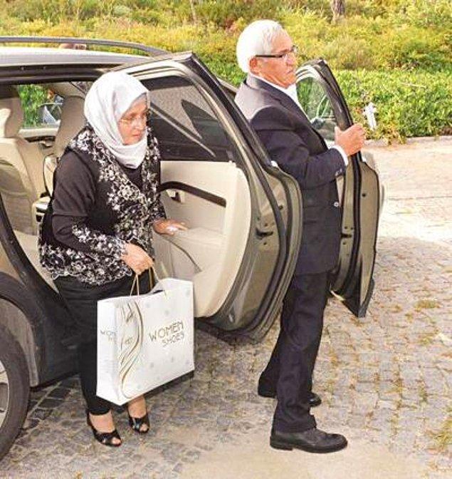 Bu habere elbette en çok sevinenlerin arasında Kenan İmirzalıoğlu'nun ailesi de var. İmirzalıoğlu ailesi, hâlâ Ankara'nın Bala ilçesinde mütevazi bir hayat yaşıyor.