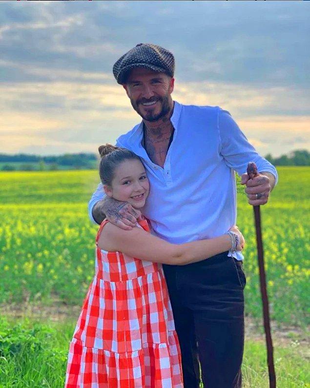 4. David Beckham'ın kızı Harper Seven ile paylaştığı yürüyüş fotoğrafları sosyal medyada gündem oldu!