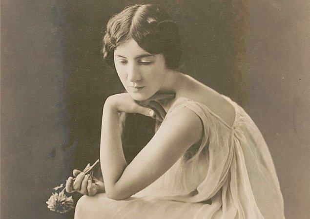 17 yaşına geldiğinde Audrey Munson aktrist olmak için çabalayan genç ve güzel birisi olmuştu. Broadway'de çeşitli roller alabilecek kadar da şanslıydı.