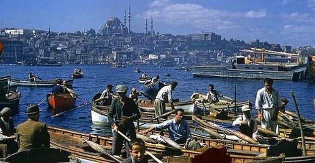 12. İstanbul'u dinliyoruz gözlerimizi açıp, 1950.