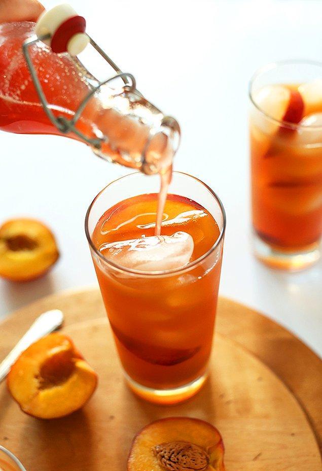 Şeftalili Soğuk Çayın Hazırlanışı