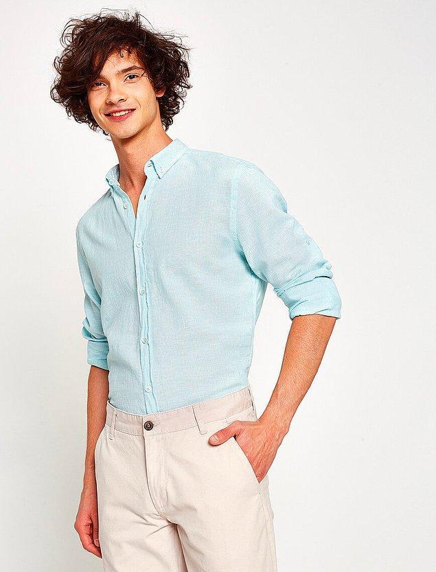 8. Koton'un ince çizgili keten gömleğinin rengine bayıldık.