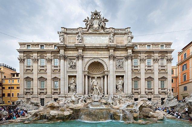 6. Trevi Çeşmesi - Roma