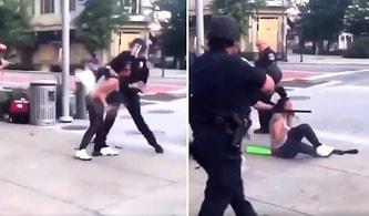 ABD Polisinin İki Kadın Göstericiyi Şiddet Uygulayarak Gözaltına Aldığı Anlar